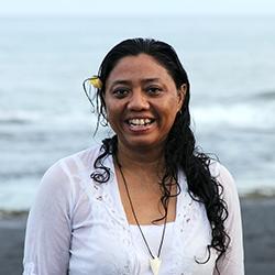 Ike Tunjung Bali Healer
